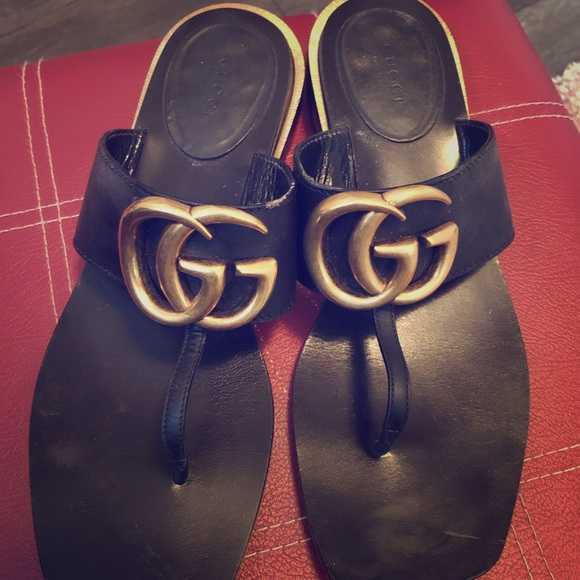 8ee8ca2aaf45 Gucci Shoes - Gucci Marmont Double G Leather Thong Sandal